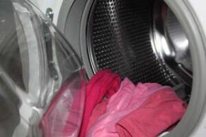 schmutzige Kleidung
