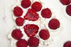 dickmilchkuchen-mit-obst