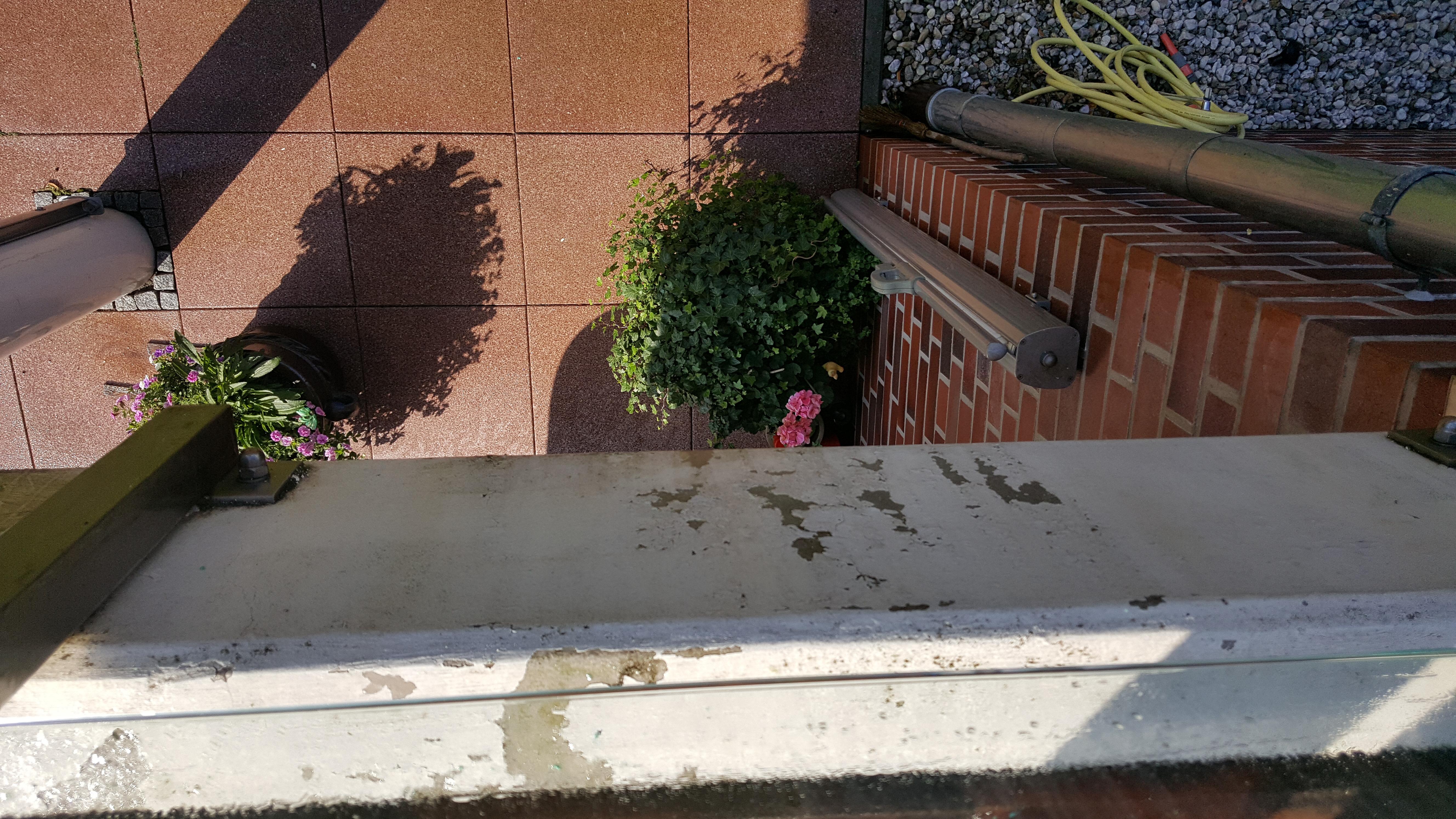balkon 9 bild schmutz ist mit hilfe von limorange weg annas. Black Bedroom Furniture Sets. Home Design Ideas